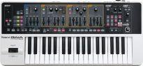 シンセサイザー(synthesizer)